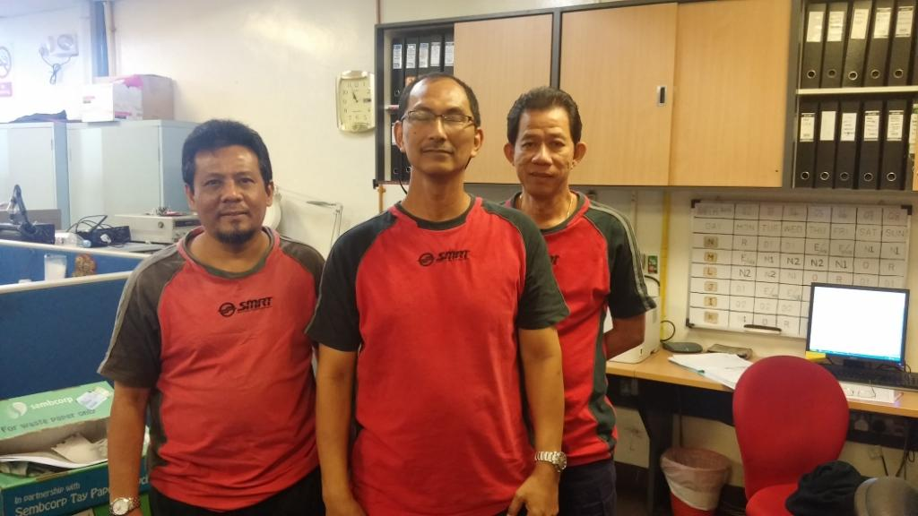 Line Manager Abdul Hamid Bin Awang (Middle) posing with Technical Officer Shamsuri Bin Amat (left) and Technical Officer Kelvin Wong (right). Collectively they have close to 75 years of experience working at SMRT.