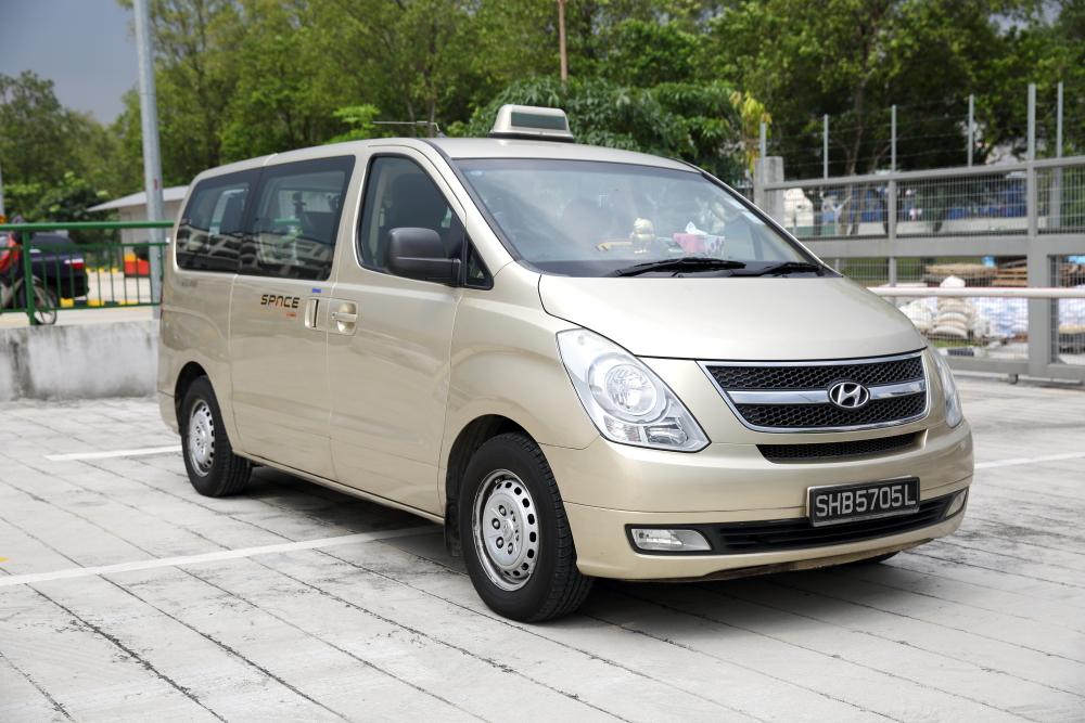 SMRT Hyundai Starex Taxi