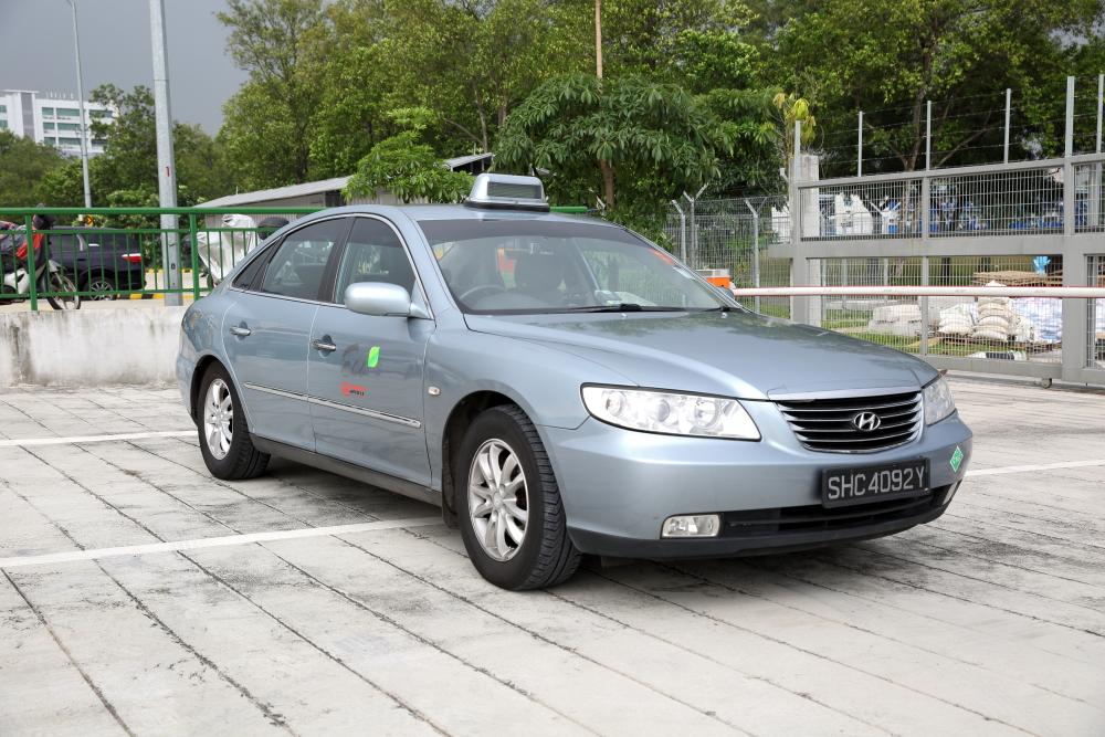 SMRT Hyundai Azera Taxi