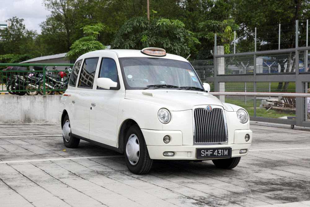 SMRT London TX4 Taxi